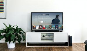 Read more about the article Is My TV Smart? [4 Quick Ways to Tell]