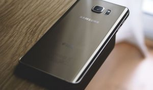 Read more about the article Is Samsung the Same as Android? [Not Always]
